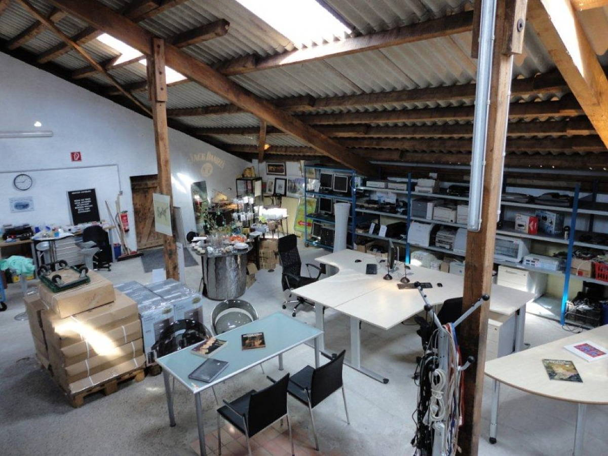gebrauchte b rom bel spangenberg handelsbetrieb spangenberg ankauf verkauf aus. Black Bedroom Furniture Sets. Home Design Ideas